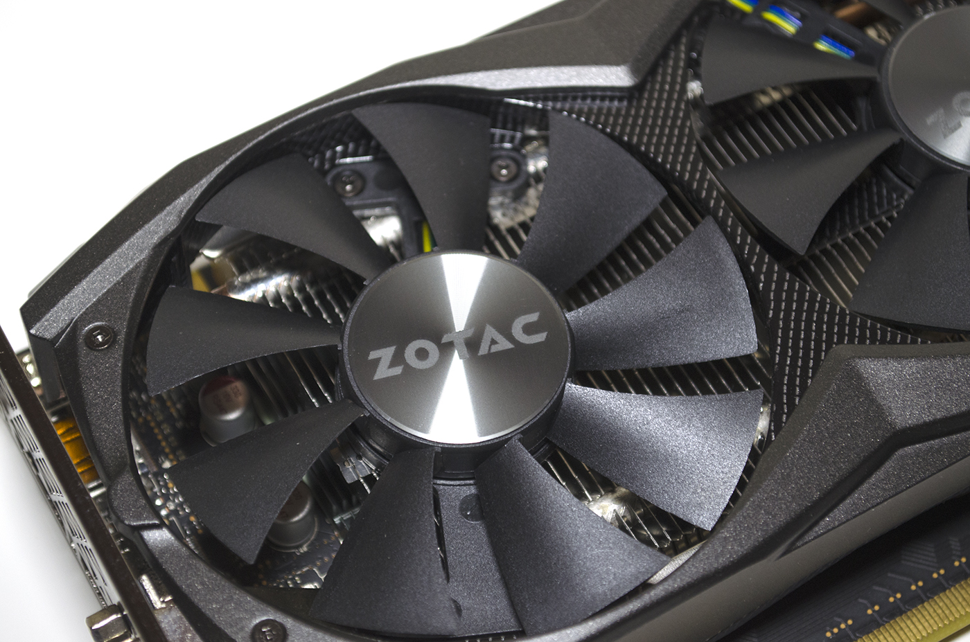 ZOTAC GTX 960 AMP! 2GB Graphics Card Review 8