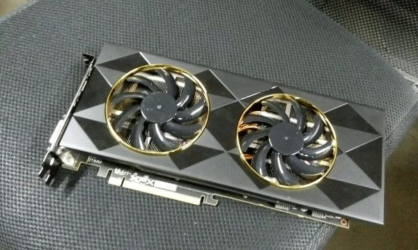 First Look at the AMD 390? XFX Seem Ready! 2