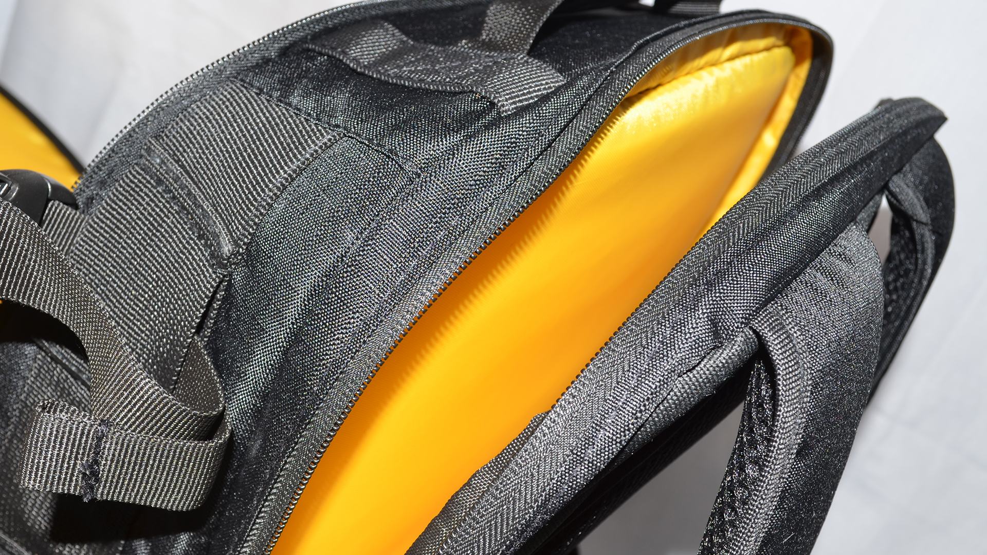 Photosel DSLR Camera backpack Review 2