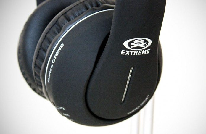 Extreme One-Eighties Noise Cancelling Headphones Review 6