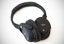 LINDY BNX-60 Bluetooth Wireless Headphones Review 3
