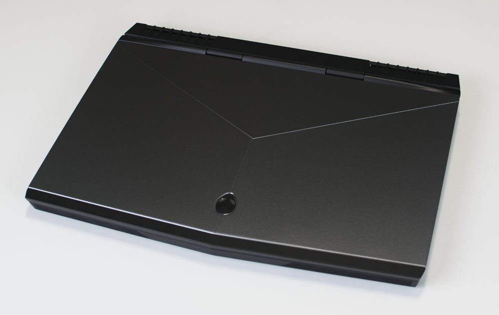 Alienware 15 R3 Laptop Review 1