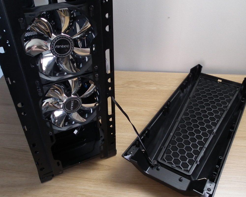Antec GX1200 Fan Interior