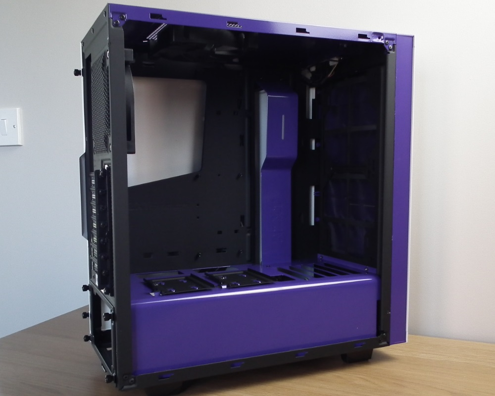 NZXT S340 White Interior Front