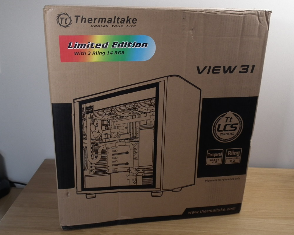 Thermaltake View 31 RGB box