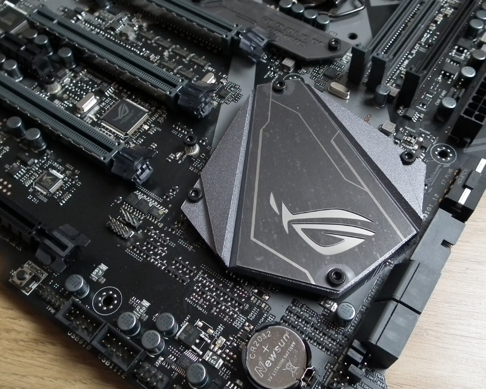 maximus x apex chipset