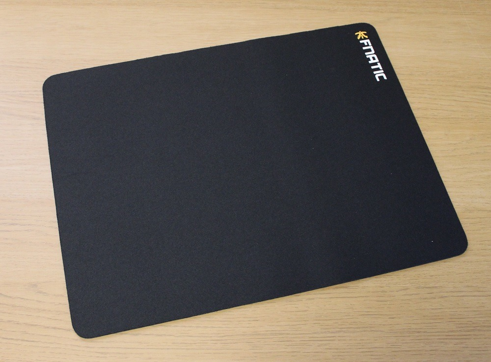 fnatic focus 2 mat gaming surface