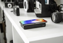 mophie CS powerstation wireless iPhone feature