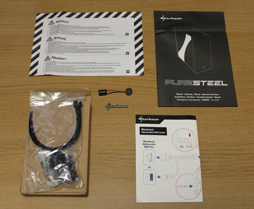 Sharkoon Pure Steel Case accessories