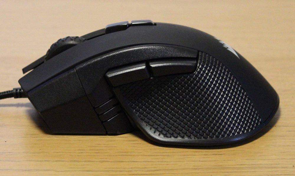 Corsair Ironclaw RGB mouse left