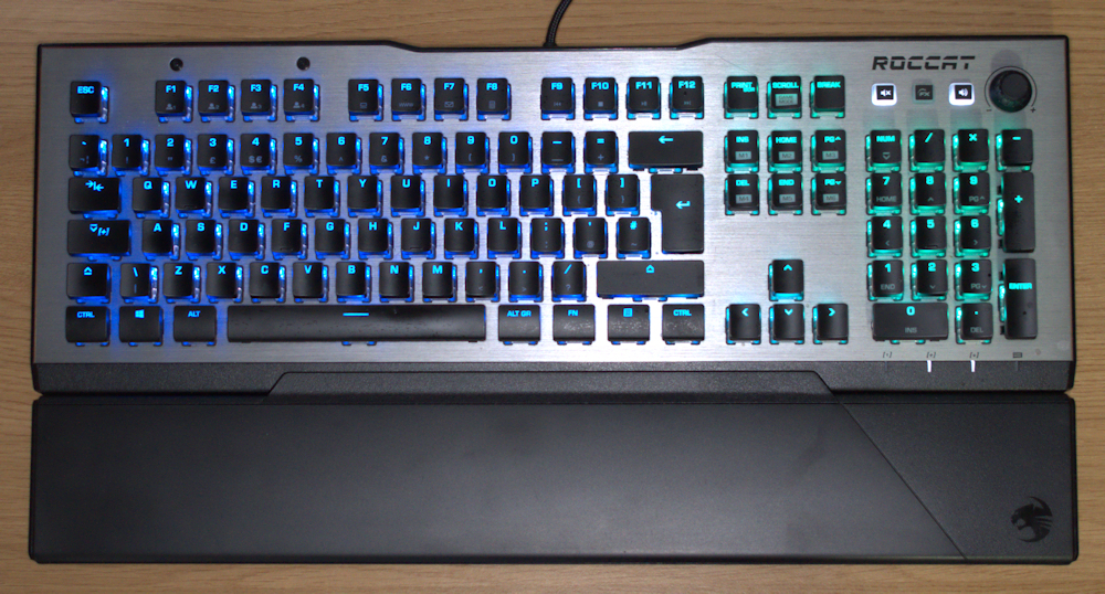 Roccat Vulcan Top With Rest