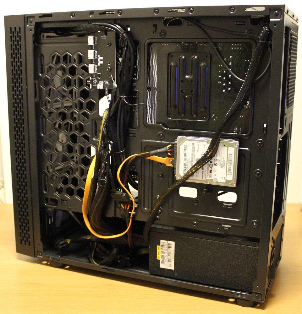 tt view 23 TG ARGB case cable management
